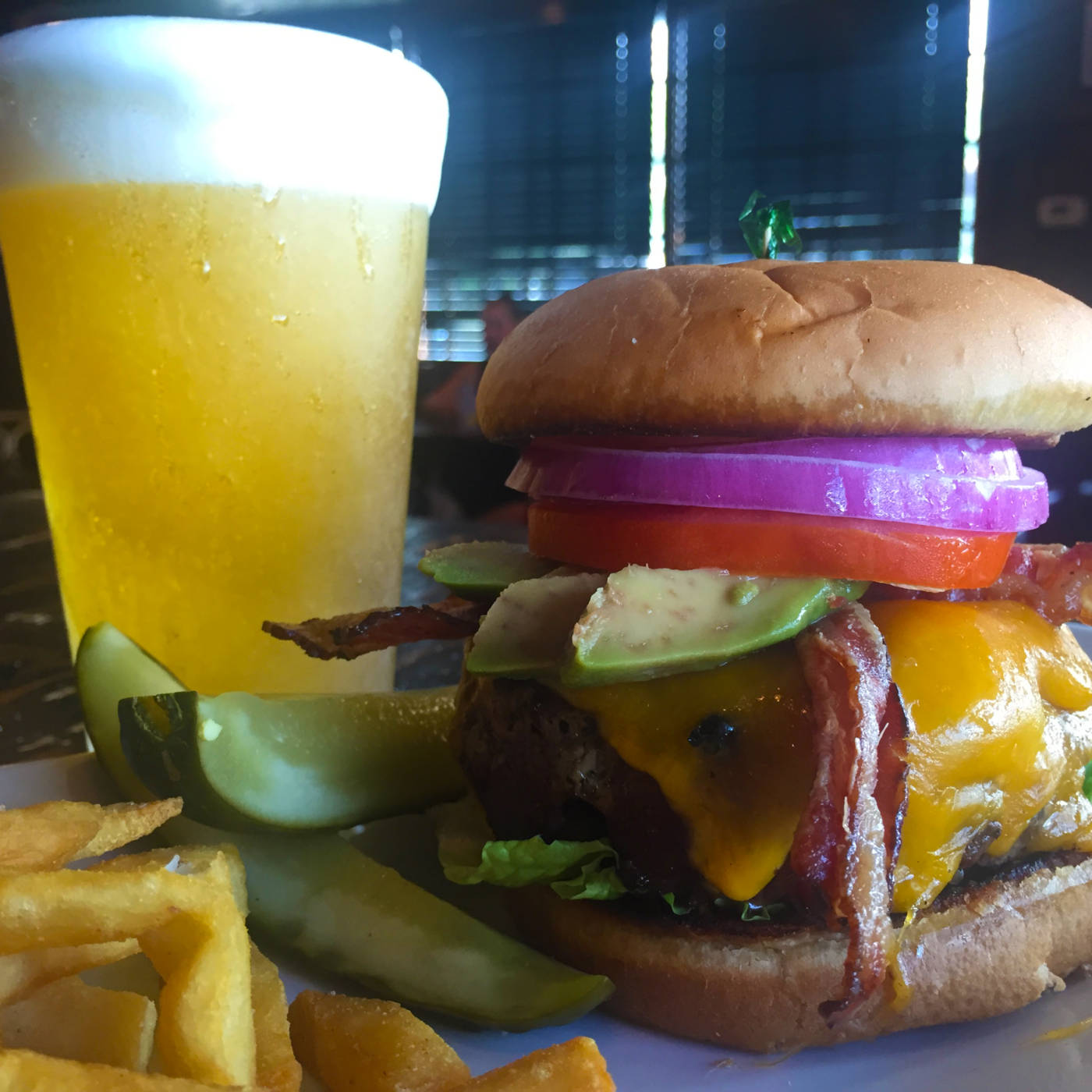 kailua town pub and grill gourmet burgers and beer